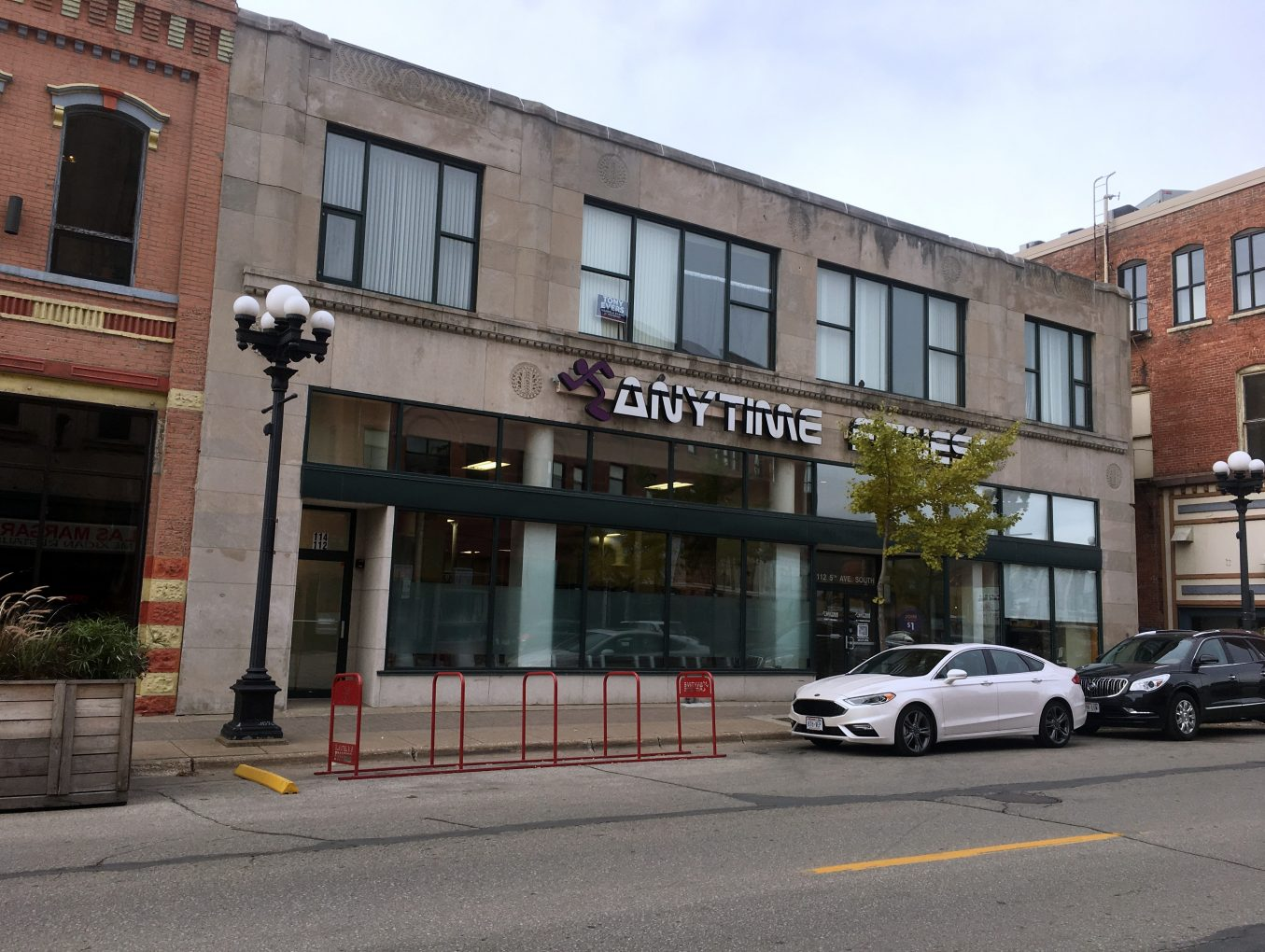Commercial/Residential Income Property in Historic Downtown La Crosse, WI